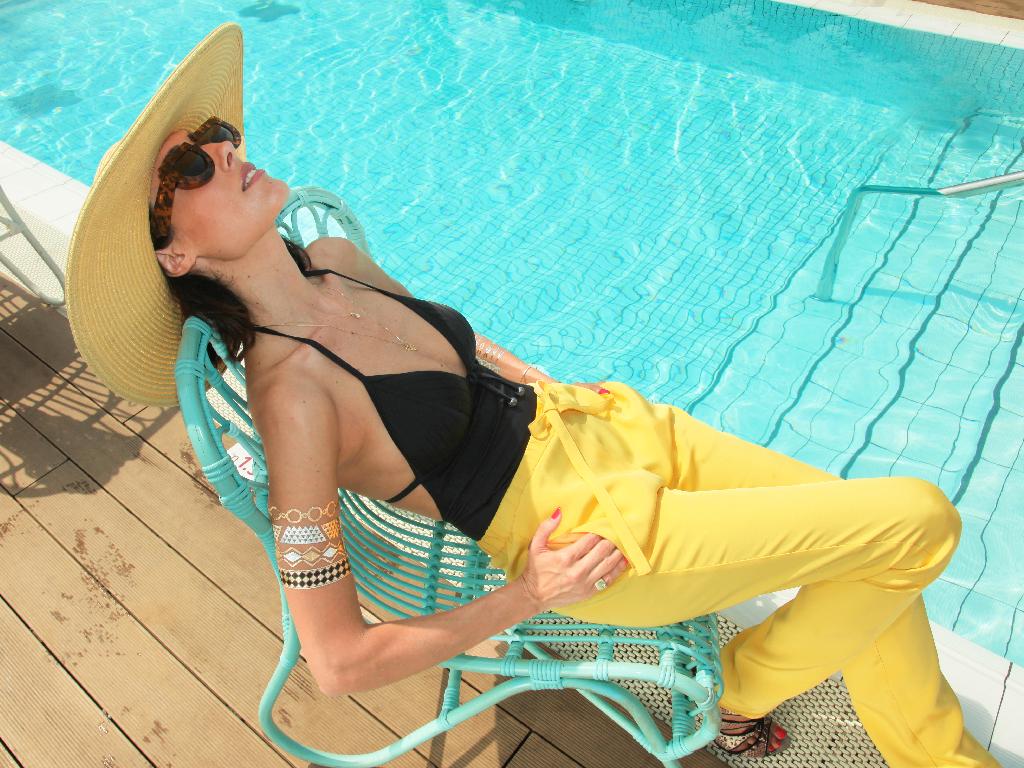 eight30 - pooling around - koketit - oberson - indigo