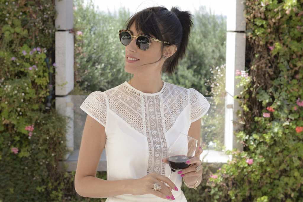eight30 - Shavuot - cramim hotel - White look - h.stern - wine - Sunglasses - erroca - sabina musayev