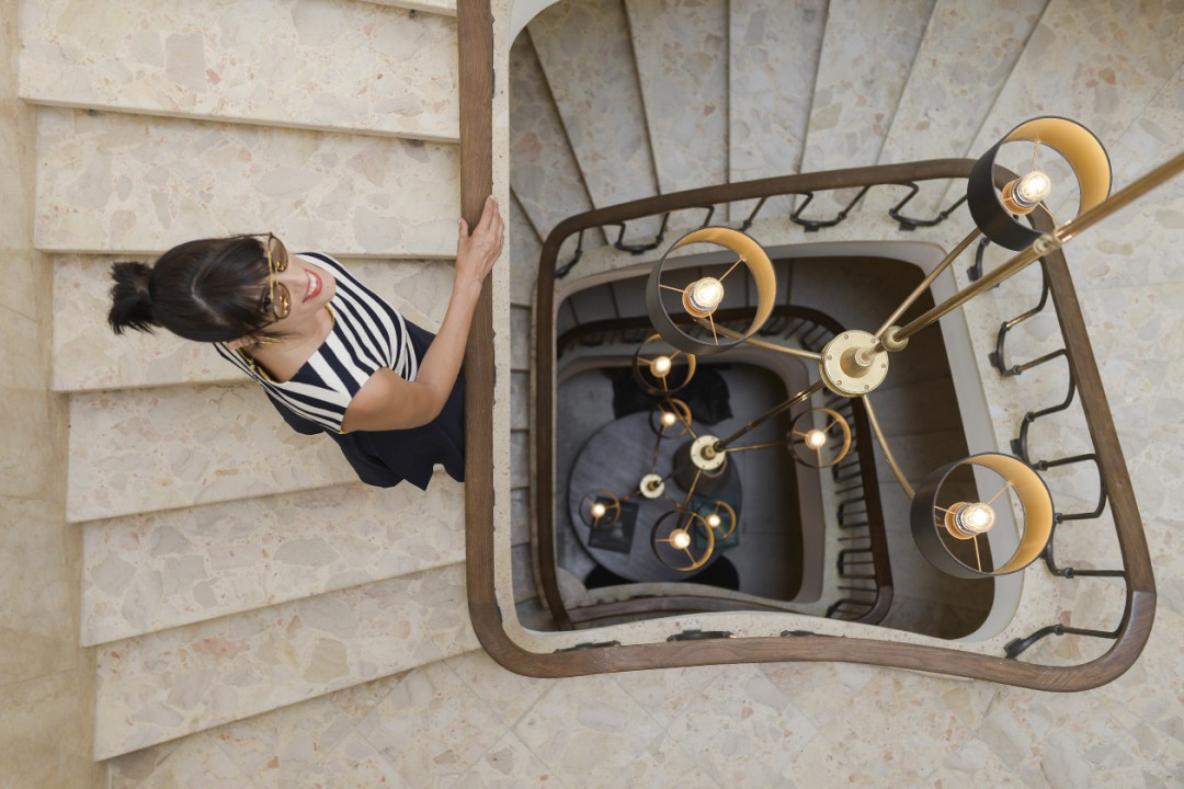 eight30 - white villa tel aviv - tommy hilfiger - aldo - ray ban - Cruise - strips