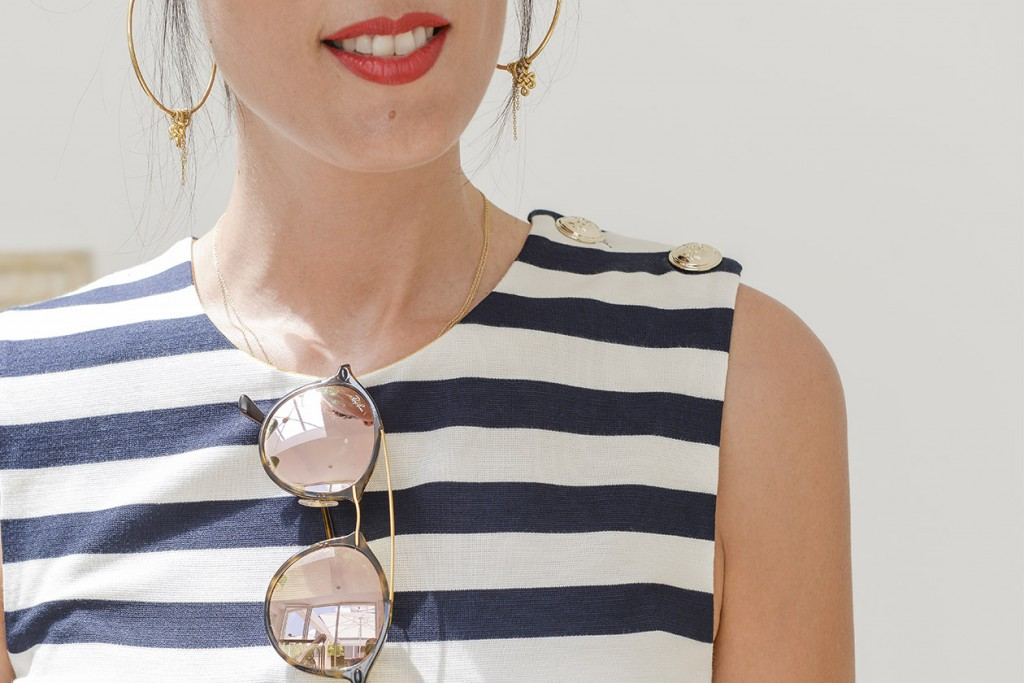 eight30 - white villa tel aviv - tommy hilfiger - aldo - ray ban - Cruise - strips