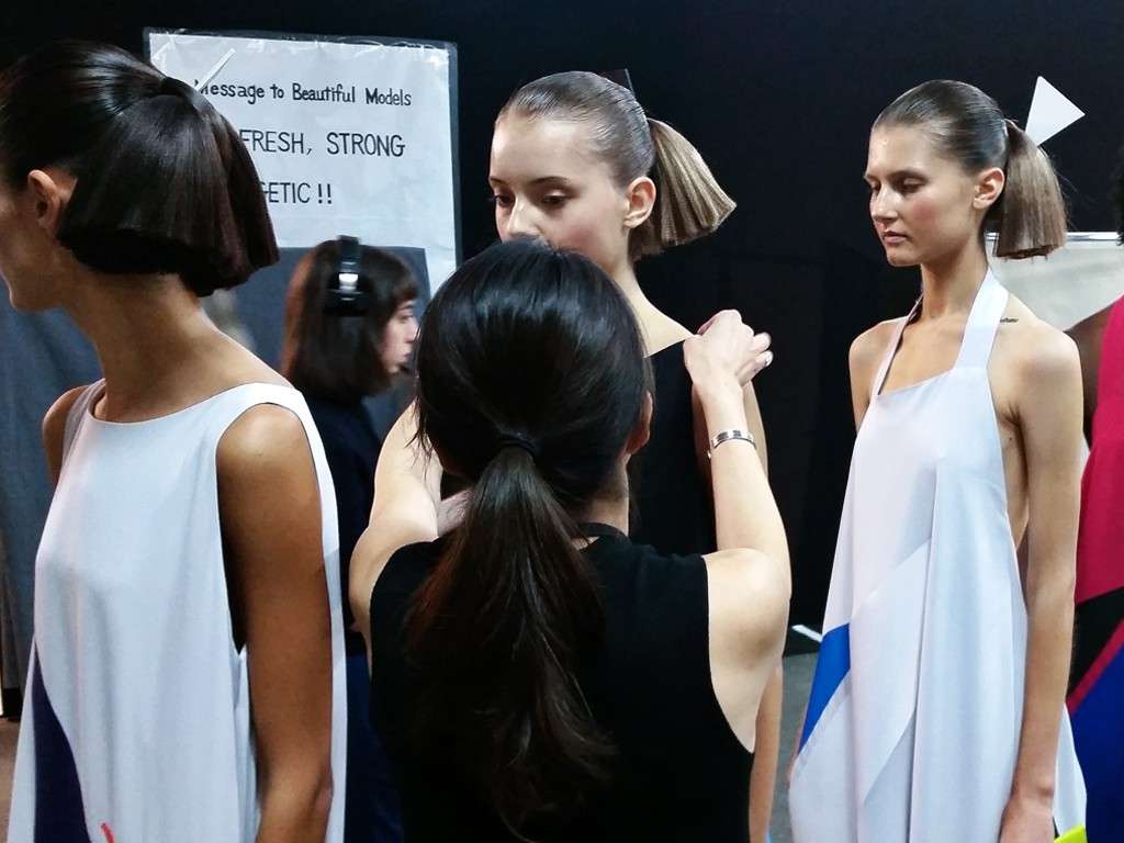EIGHT30 - MAC cosmetics - backstage - paris fashion week - ss17 - issey miyake