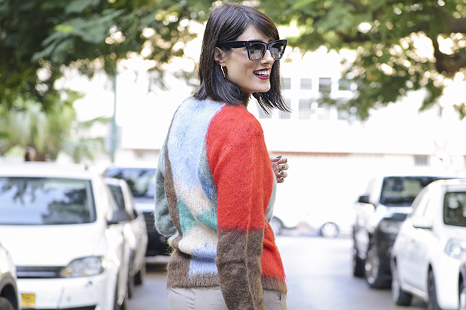 EIGHT30 blog - SWEATER WEATHER - hello autumn - knitwear - Chloé - H.Stern - Céline - fall 2018 - tel aviv street