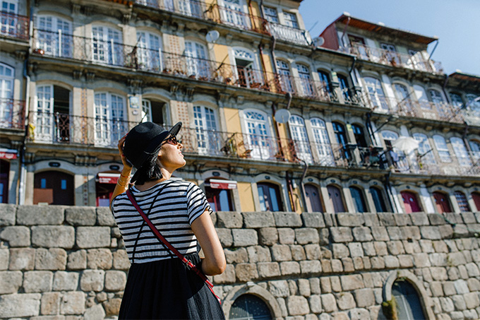 EIGHT30 - porto travel guide - Cais de Ribeira - la prima