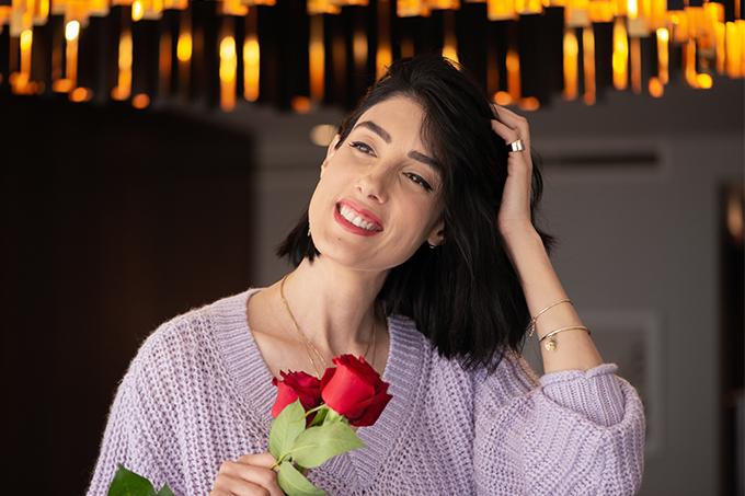 EIGHT30 30 Mon Guerlain Edt Bloom Of Rose h&m sweater zara skirt heels intercontinental hotel tel aviv red roses
