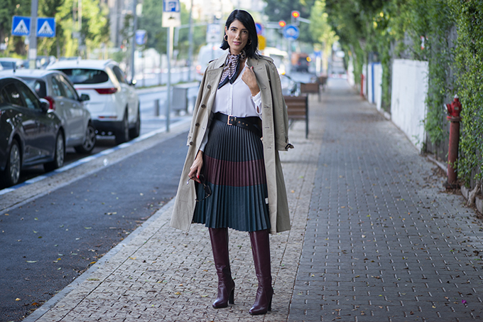 EIGHT30 The fall winter 2019-2020 fashion trends Tel Aviv street style burberry trench coat Bourgeois 4